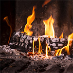 Titulní obrázek článku:  Jak správně topit dřevem