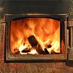 Titulní obrázek článku: Problémy a jejich řešení při špatném hoření dřeva